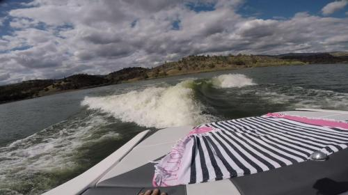Wave Boat Curl